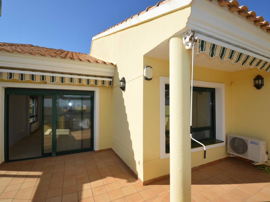 Resale - Flat / Apartment - Orihuela Costa - Campoamor